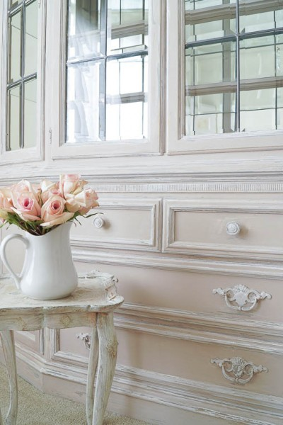 Updating A China Cabinet With Chalk Type Paint