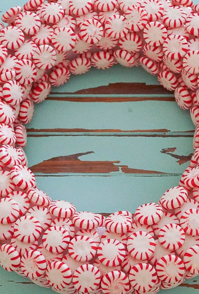 How To Make A Peppermint Christmas Wreath